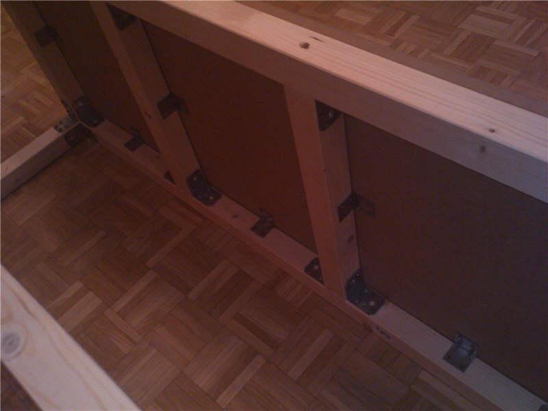 fliesen auf holz kleben fliesen auf holz kleben anleitung. Black Bedroom Furniture Sets. Home Design Ideas